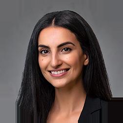 Meetra Eskandarpour Headshot